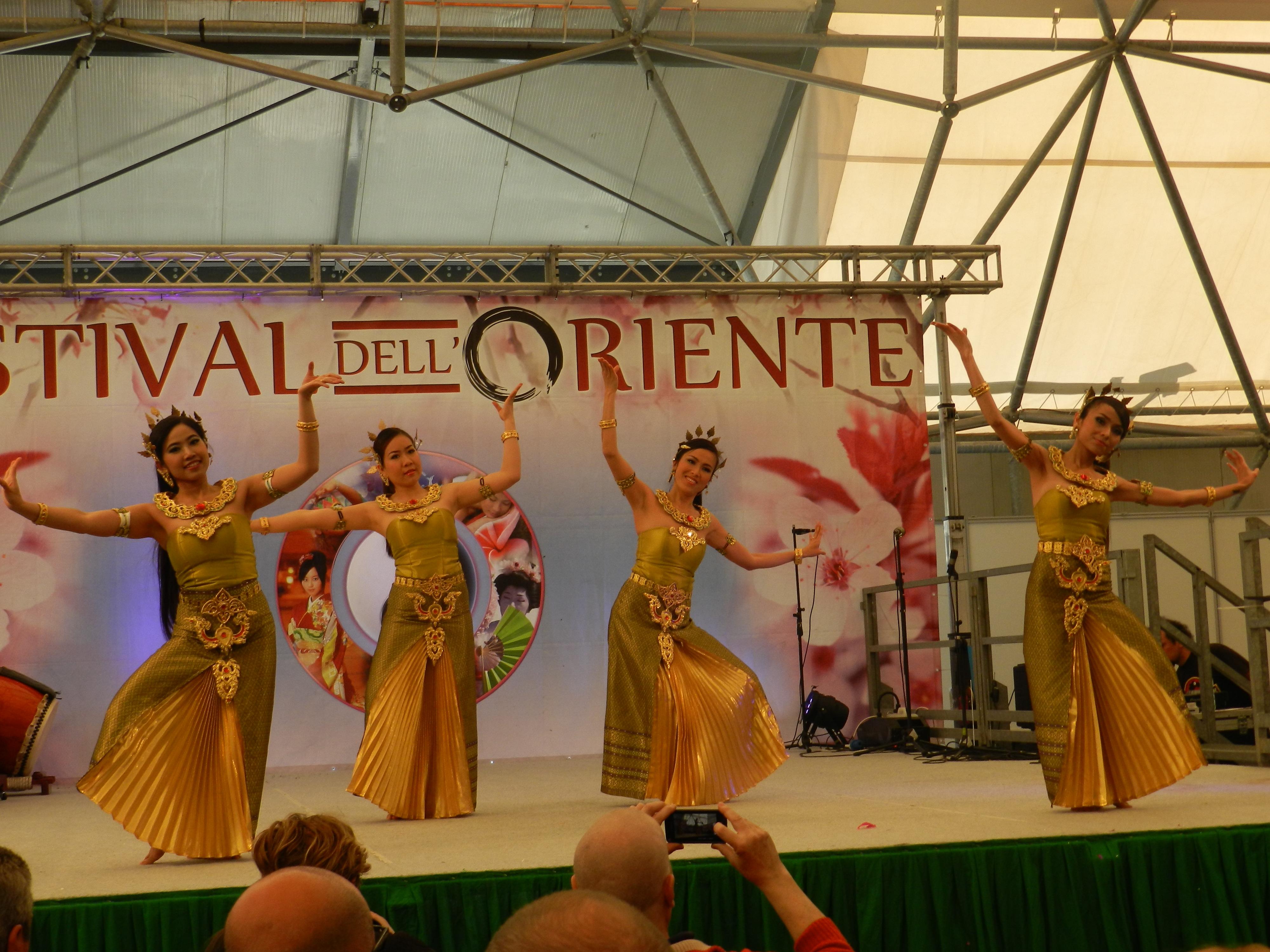 FESTIVAL DELL'ORIENTE NOVEGRO