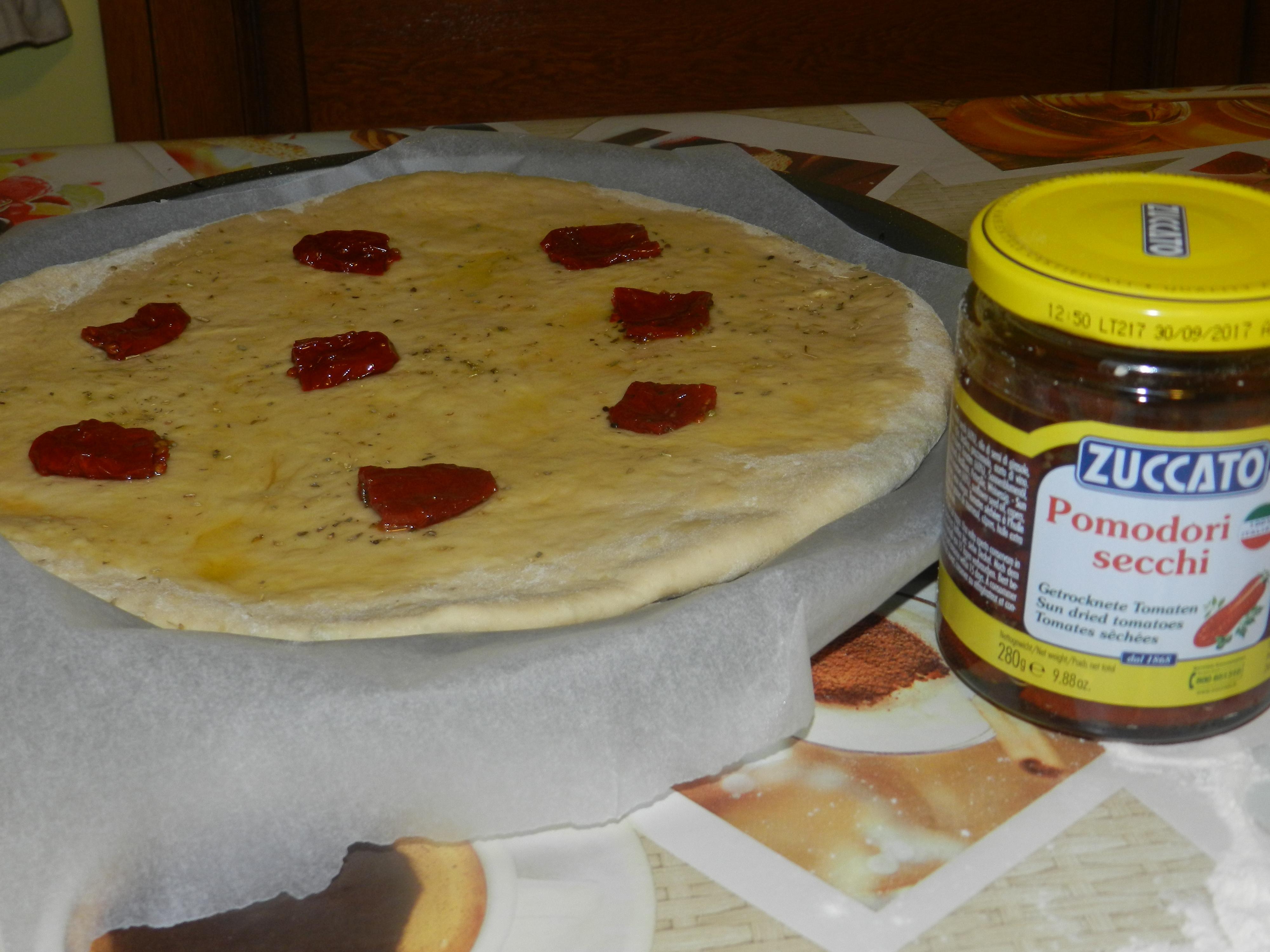 Focaccia con Pomodori Secchi