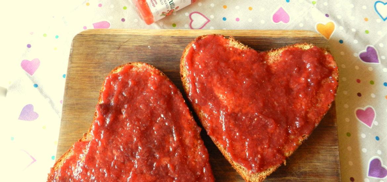 Cuore-ai-Cachi-con-ripieno-al-Fior-di-frutta