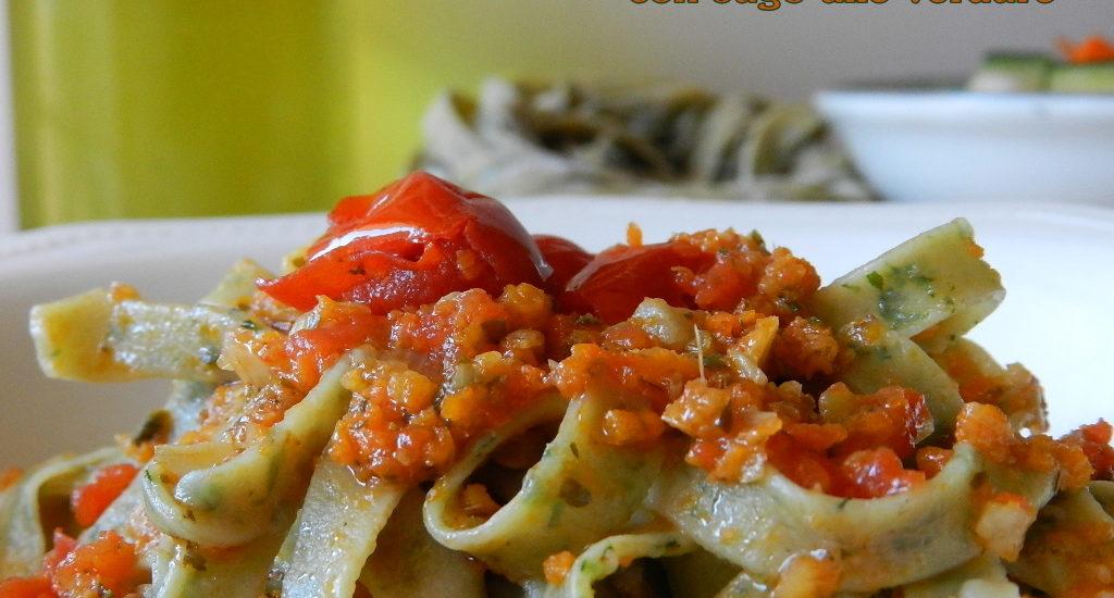 Tagliatelle-al-basilico-con-sugo-alle-verdure
