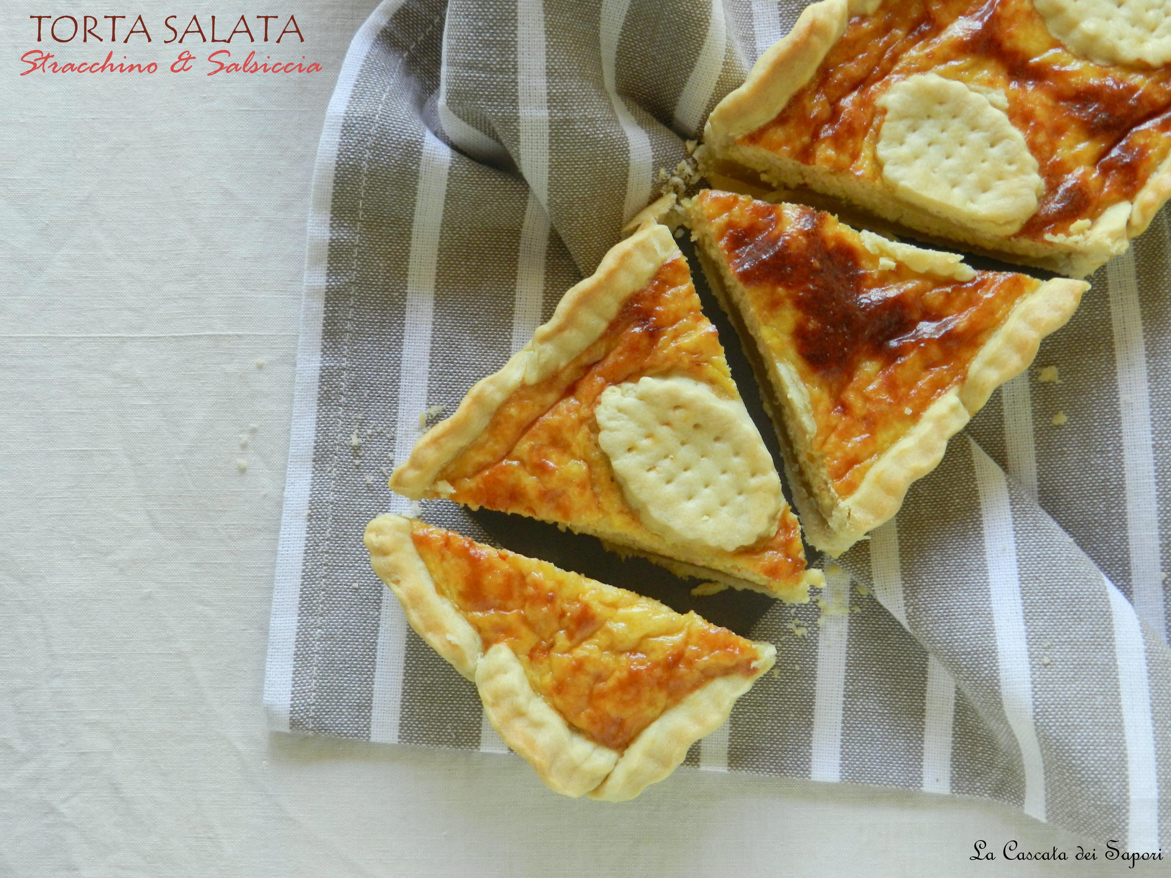 Torta salata con stracchino e salsiccia