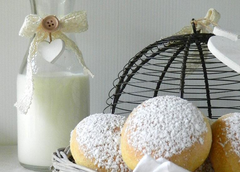 krapfen-con-crema-alle-nocciole