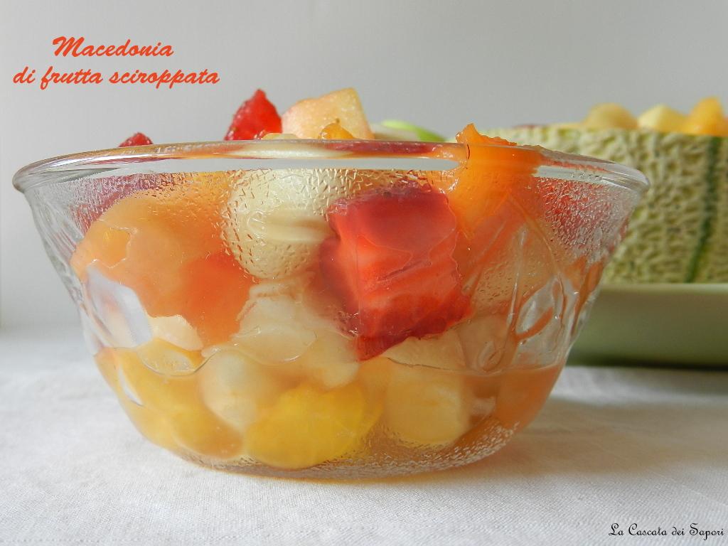 Macedonia di frutta sciroppata2