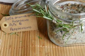 Sale aromatizzato al rosmarino e peperoncino