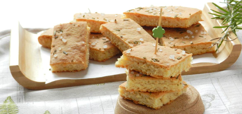 Focaccia a lievitazione istantanea con farina di lenticchie e mascarpone