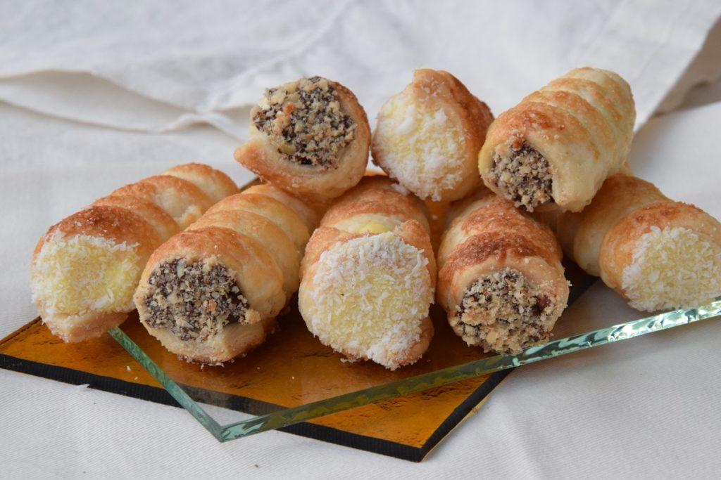 Cannoli dolci di pasta sfoglia MTC 68 con crema e ganache