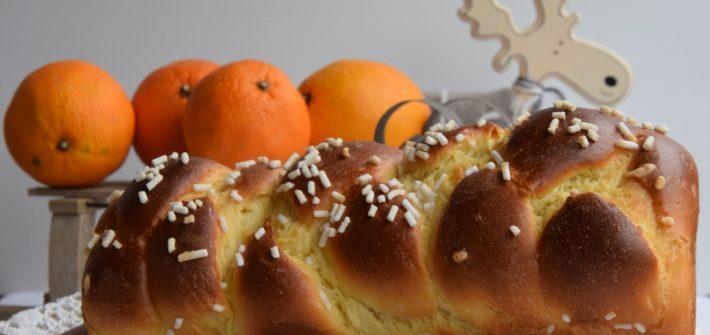 Treccia di Pan Brioche dolce all'arancia