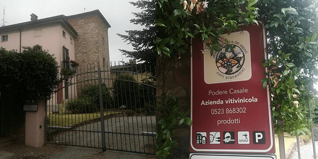 Podere Casale: Agriturismo con piscina sui Colli Piacentini in Val Tidone