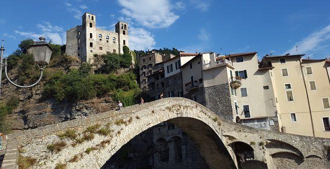 Dolceacqua Il Borgo Medievale dipinto da Monet