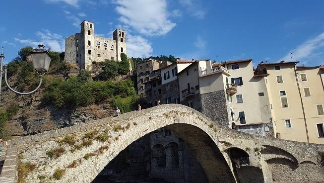Dolceacqua: Il Borgo Medievale dipinto da Monet