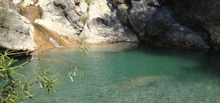 I laghetti del Rio Barbaira a Rocchetta Nervina