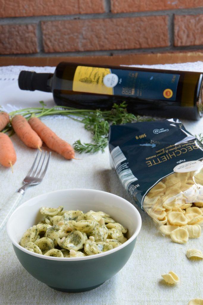 Orecchiette al pesto di ciuffi di carote
