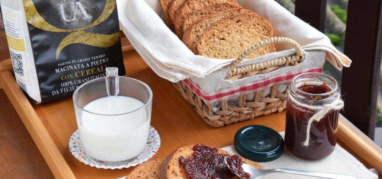 Fette Biscottate fatte in casa con Cereali e Miele