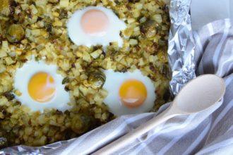 I miei Cavoletti di Bruxelles con Patate e Uova (Sheet Pan Recipe) per Il Club del 27