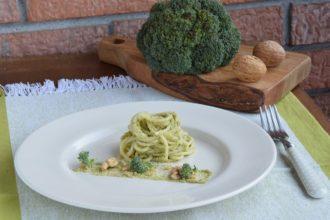 Spaghetti al Pesto di Broccoli