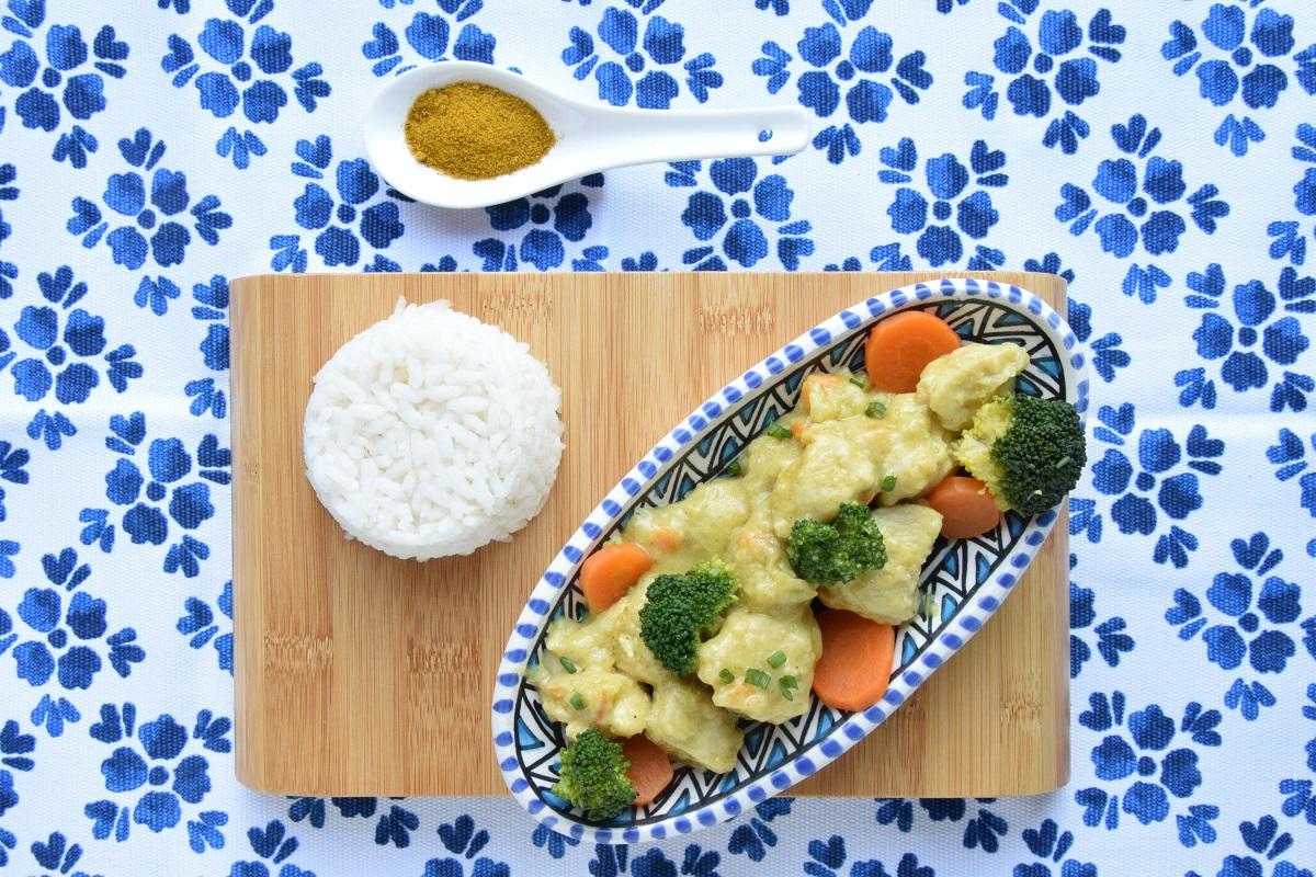 Pollo al Curry con broccoli e latte di cocco per PASSIAMOLE IN RIVISTA