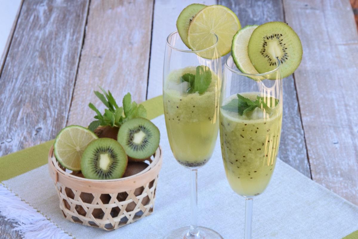 Kiwi Menta e Lime Mocktail – Spritz analcolico