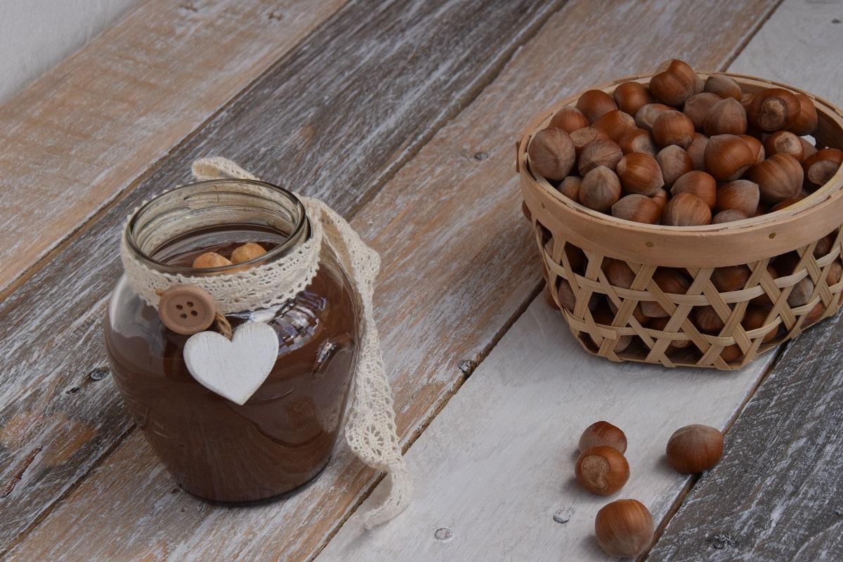 Crema Spalmabile alle Nocciole e Gianduia per Il Calendario del Cibo Italiano
