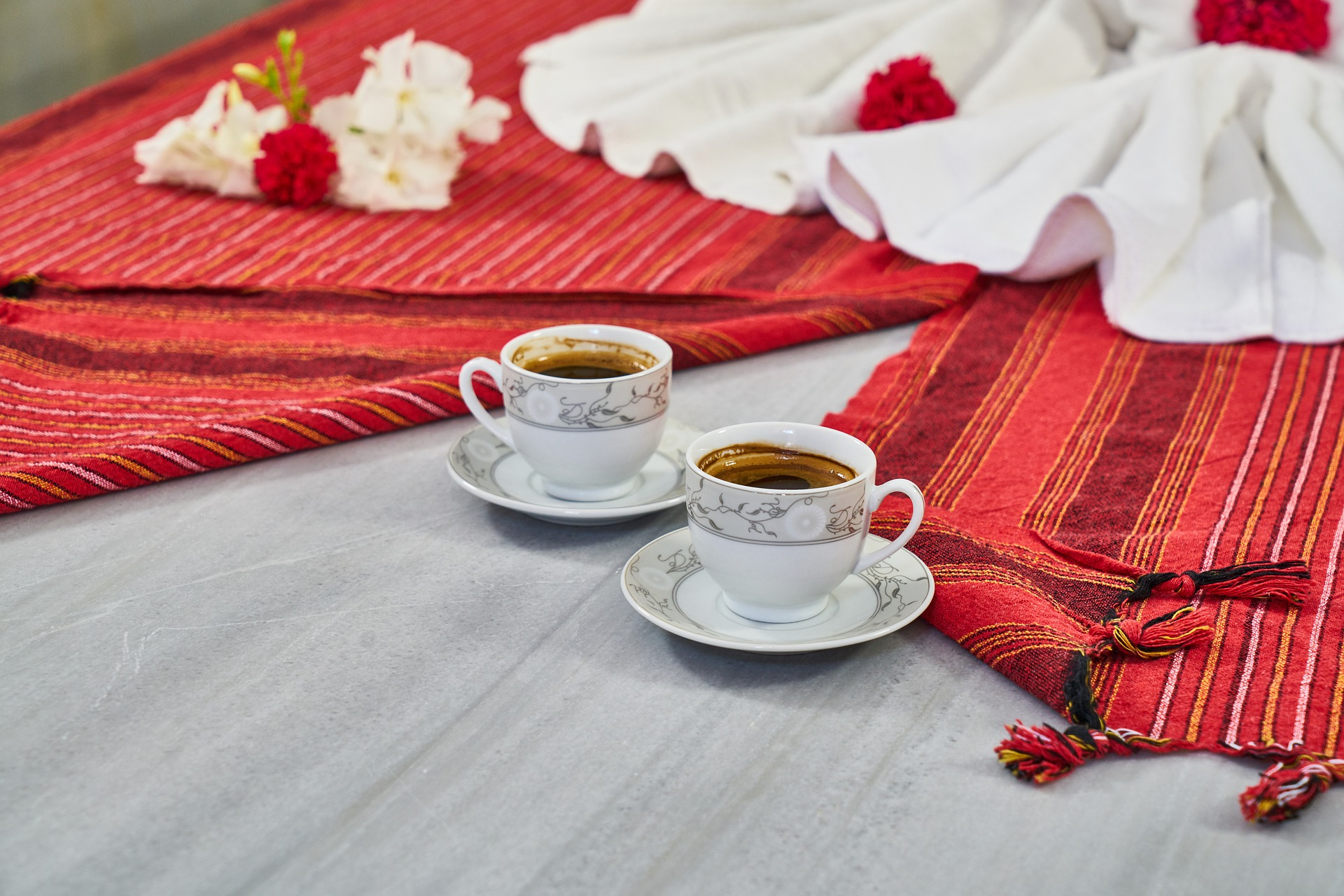 Il Rito del Caffè turco: Proposta di Matrimonio Tradizionale in Turchia – Erkenci Kuş