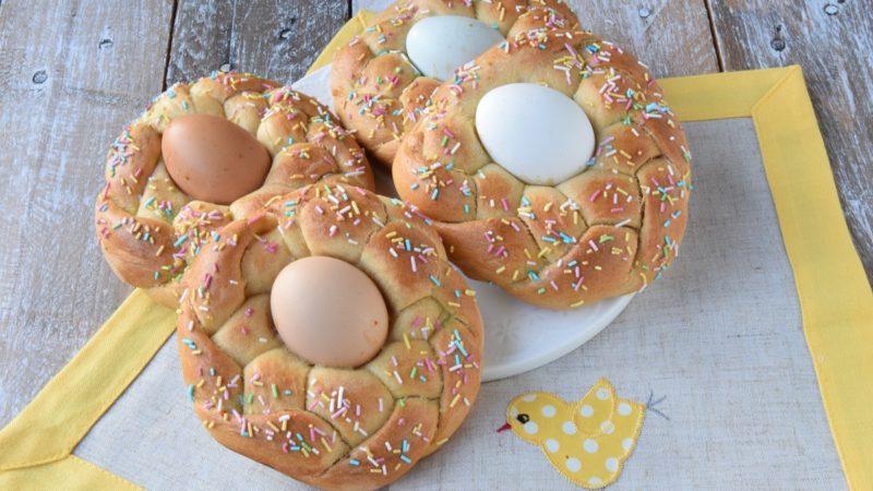 Brioches di Pasqua: Nidi lievitati dolci pasquali