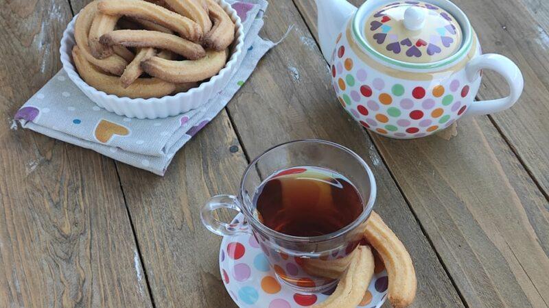 Krumiri: i Biscotti tipici di Casale Monferrato a forma di baffo per L'Italia nel Piatto