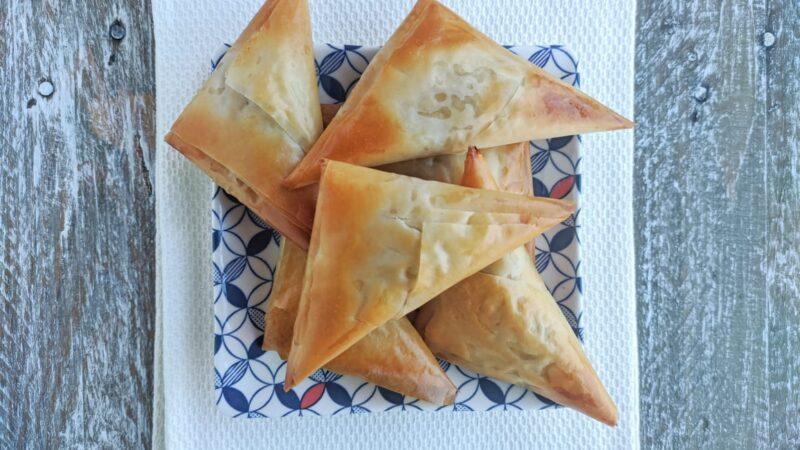 Etli Muska Böreği: Börek triangolari con la carne – Erkenci Kuş
